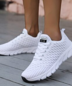 2020 Mesh Women Sneakers Breathable Women Flat Shoes Lightweight Casual Shoes Ladies Lace-up Deportivas Mujer Chaussures Femme